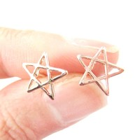 Star Shaped Outline Cut Out Stud Earrings in Rose Gold | DOTOLY