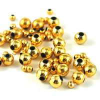 Loose Gold Round Ball Beads Plastic Jewellery Costume and Craft Supplies Available in two sizes 5mm 2mm - choose your quantity
