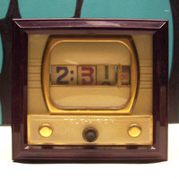 Clock 1950s retro tv light flip style numechron by deckvintage