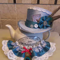 """4"""" tall mini top hat - Steampunk, Burlesque, Rockabilly, Victorian, Vintage, Alice in Wonderland, Mad Hatter, Tea Party, Gothic or Bridal."""