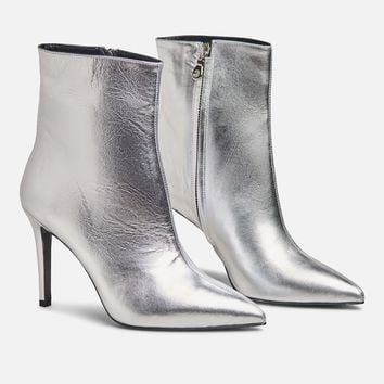 ARCHIVE CHRISTOPHER BOOT (AVAILABLE NOW)