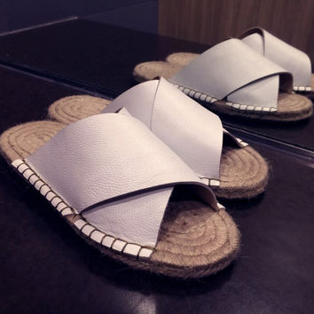Stylish Design Leather Flat Casual Summer Sandals [4920454788]