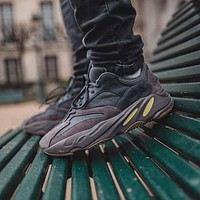 Adidas yeezy 700 v2 men and women breathable coconut shoes casual sports shoes running shoes