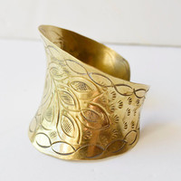 Brass bracelet engraved by hand