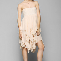 Staring At Stars Tiered Ruffle Strapless Dress - Urban Outfitters