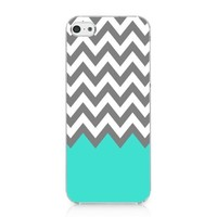 CRHK® Chevron Pattern Turquoise Grey White Clear Back Skin Snap on Case Cover for 2013 Apple iPhone 5C + Screen Protector + CRHK stylus