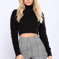 Snow Bunny Sweater - Black