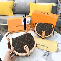 Louis Vuitton vintage print casual lady saddle bag with one shoulder crossbody bag