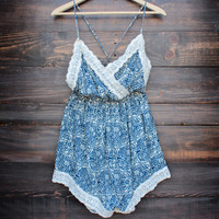 vintage inspired print crochet lace romper - blue