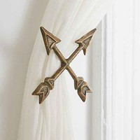 4040 Locust Crossed Arrow Curtain Tie-Back
