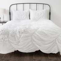Hush White Full/Queen Size Comforter Bed Set