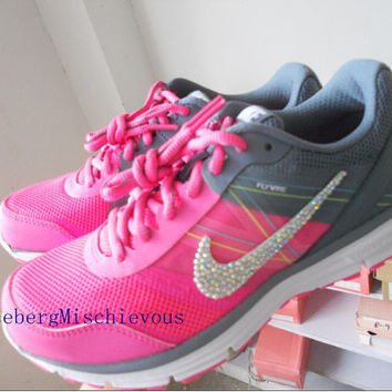 us Size 6.5 Nike 2015 new woman running shoes  Pink / White / Black    Rhinestone  sports shoes   Bling sports  shoes