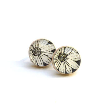 Black and white floral studs post earrings eco friendly floral jewelry wood jewelry etsy wood earrings eco fashion