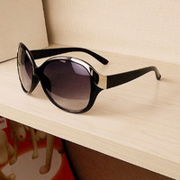 Women Fashion Sunglasses New Metal Rivet Spectacles Oversized Round Sun Glasses Eyeglasses 3 colorsSM6