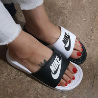 Nike Women Men Casual Fashion Sandal Slipper Shoes - Black/White