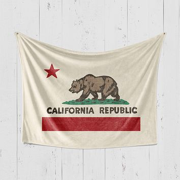 California Republic Ivory Blanket
