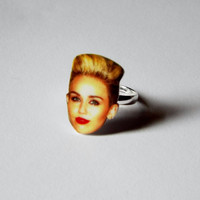 Miley Cyrus Ring / Adjustable Ring / Statement Ring / Novelty Ring / Fun Jewelry Gag Gift