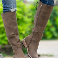 Ventura Brown Distressed Boots