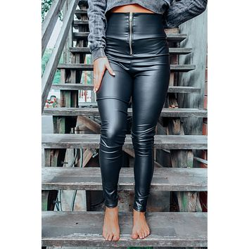 Such A Babe Pants: Black