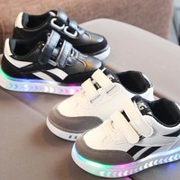 2018 children's girls and boys LED luminous shoes sneakers luminous shoes boys running horse shoes baby flash shoes