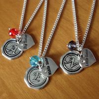 Set of 3 sister Necklaces, big sister middle sister little sister necklaces with initial name charms and birthstone beads Best friends Gift