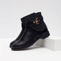 FLAT ANKLE BOOT WITH BUCKLE