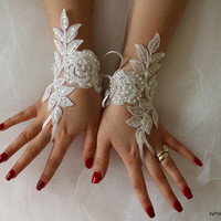 Wedding Gloves,White Lace Gloves,Bridal Gloves,Beach Wedding Barefoot Sandals, Bridal Garter,Bridal Gloves The Same Lace Garter Set