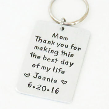 Signed Mother of the bride gift - Bride's gift to Mom on wedding gift - Father of the bride gift - Handmade keychain keyring