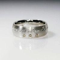 Engraved sterling silver ring with  light by TorkkeliJewellery