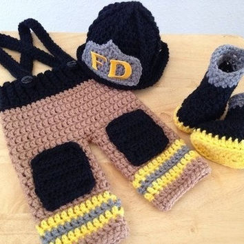 Newborn Infant Baby Photography Prop Handmade  Knit Crochet Firefighter baby boy clothes fireman Caps Overall Boots set (Color: Yellow) = 1958356484