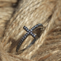 High Class Cubic Cross Ring in Black /3 Colors (Black, Rosegold, Silver)