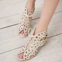 Big Size 34-43 Fashion Cutouts Lace Up Women Sandals Open Toe Low Wedges Summer Shoes Open Toe Gladiator Platform Woman Sandal