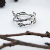 Sterling silver twig ring, Branch Ring, Wood forest ring, Elvish ring, Botanical jewelry, Handcrafted ring, nature ring