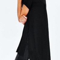 Black Side-Slit High-Low T-Shirt – Lookbook Store