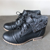 cozy womens ankle sweater boots in black
