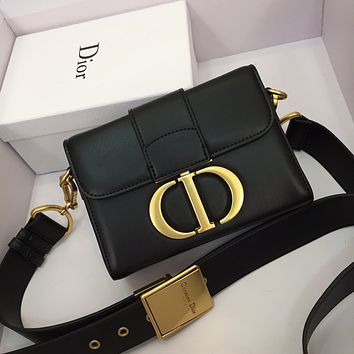 DIOR WOMEN'S LEATHER 30 montaigne INCLINED SHOULDER BAG