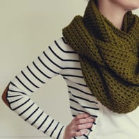 Olive Colour Chunky Crocheted Cowl