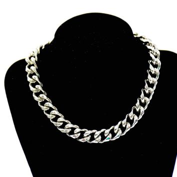 Vintage Choker - Vintage Coro Necklace - 1970s Jewelry - Gift for her - Statement Necklace - Fashionista - Silver Tone - Coro