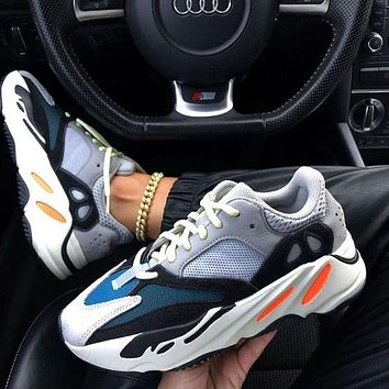 ADIDAS Yeezy 700 classic men women sneakers Shoes