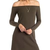 OFF-THE-SHOULDER RIBBED KNIT BODYCON DRESS