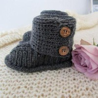 Baby UGGs Pattern in English by hildevesle on Etsy