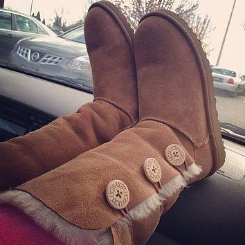 UGG autumn and winter new plush snow boots classic three buttons middle tube solid color cowhide shoes for men and women