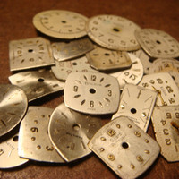 Steampunk Supplies Small Vintage Antique Watch Faces Parts for Mixed Media - Jewelry, Altered Art, Assemlage, Scrapbooking (1593)