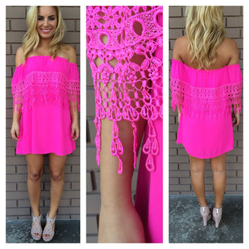 Breanne Eyelet Strapless Dress - FUSCHIA