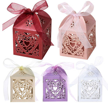 Free Shipping High Quality 50Pcs Love Heart Laser Cut Candy Gift Boxes Wedding party Favor With Ribbon