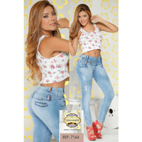 Light blue butt lifting jean with high waisted design skinny