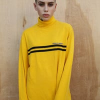 YELLOW POLO TURTLENECK