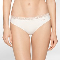 invisibles + lace thong | Calvin Klein
