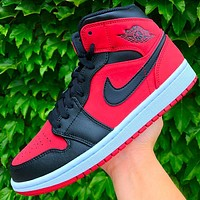 Air Jordan 1 MID classic street fashion high-top sneakers