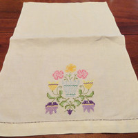 Two Vintage Linen Hand Embroidered Tea or Guest Towels, Hearts and Flowers, Hem Stitch Edge